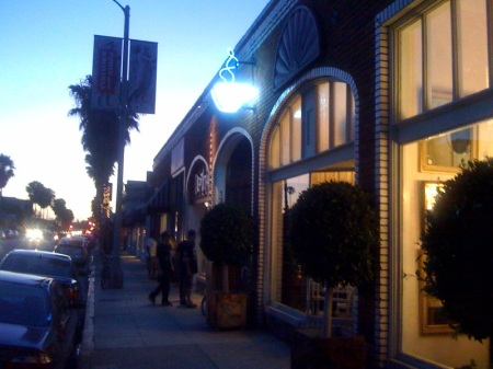 Entrance on Abbot Kinney